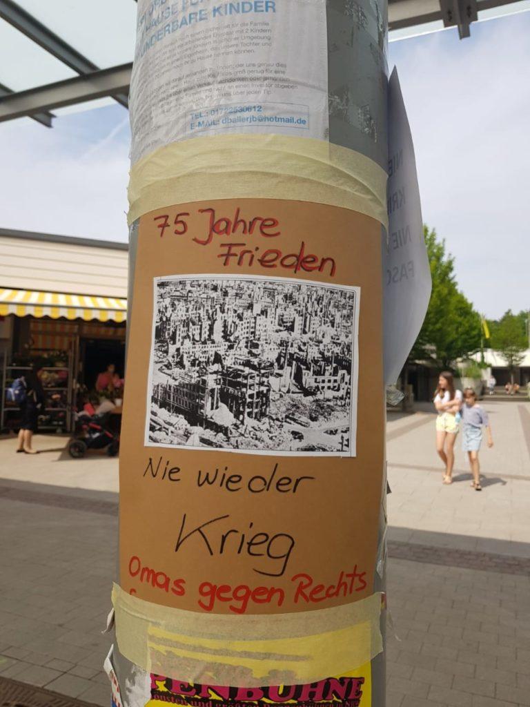 75 Jahre Kriegsende - Omas gegen Rechts