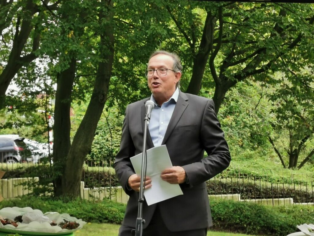 Thosten Seelig, Geschäftsführer Parea gGmbH bei der 125-Jahr-Feier Sahle Wohnen in Hochdahl
